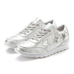 LASCANA Sneaker mit Sternen und Wohlfühlinnensohle